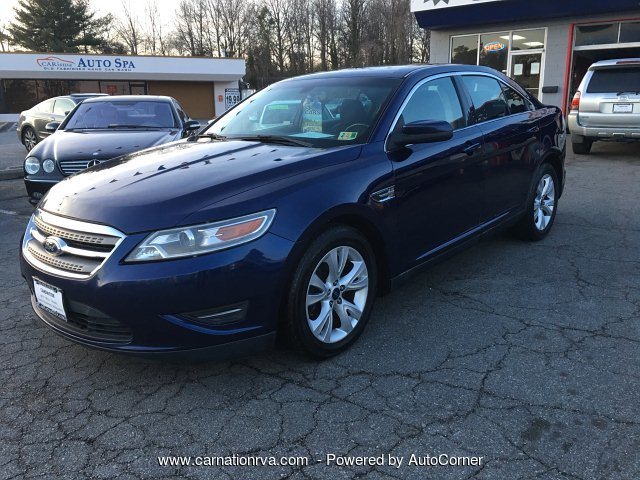 2011 Ford Taurus SEL Automatic All Power options Very Sharp