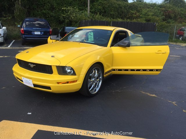 2005 Ford Mustang Shaker Stereo W Woofers & Custom Wheels