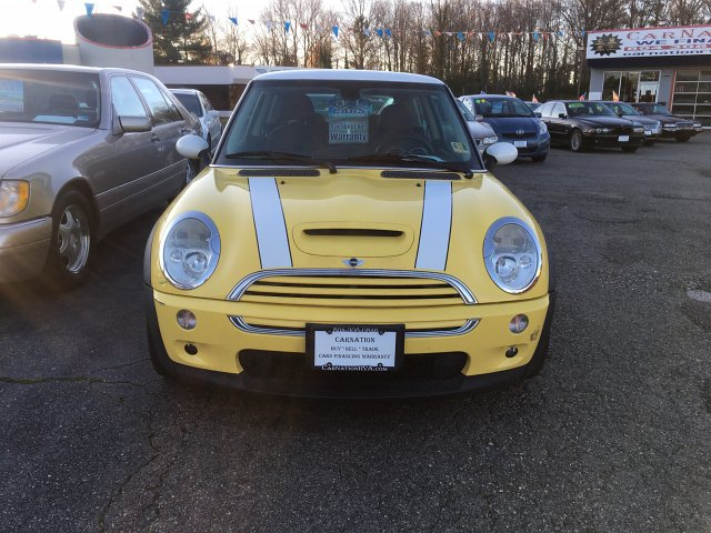 2003 MINI Cooper S 6-Speed Manual Leather Pano Roof & Wheels