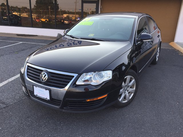 2006 Volkswagen Passat 4Cyl Gas Saver Leather Sunroof Loaded