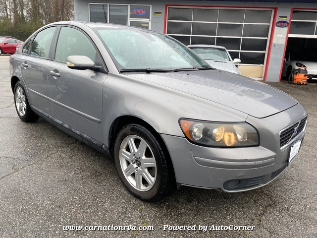 2004 Volvo S40 2004.5 2.4i 5-Speed Automatic