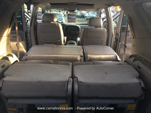 2002 Toyota Sequoia SR5 4WD Leather Sunroof Clean History