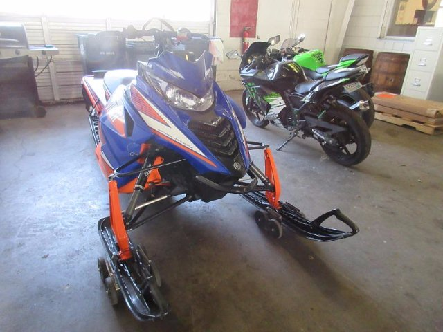2015 Yamaha SR VIPER 1049CC  -Special Order Only-