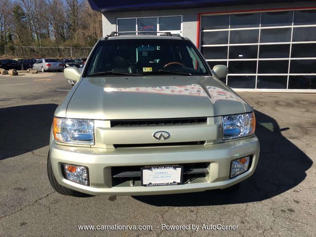 2001 Infiniti QX4 4WD Leather Sunroof 1 Owner Clean History