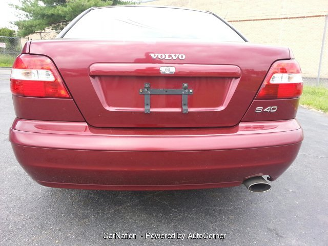 2004 Volvo S40 1.9L 4 Cylinder Sedan Leather Loaded