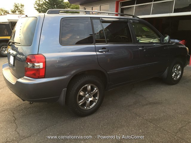 2005 Toyota Highlander 4WD All Power One Owner 4 New Tires