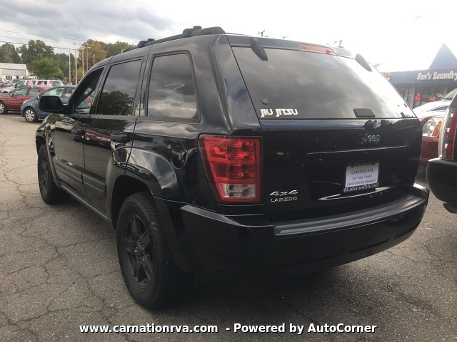 2006 Jeep Grand Cherokee Laredo 4WD Automatic